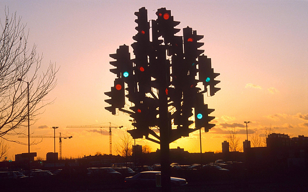 The First Traffic Light….Kinda Cool